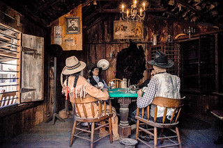 Poker Playing Peek In
