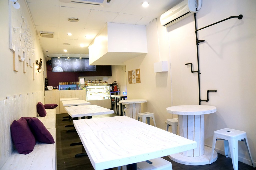 swich cafe - uptown damansara-001