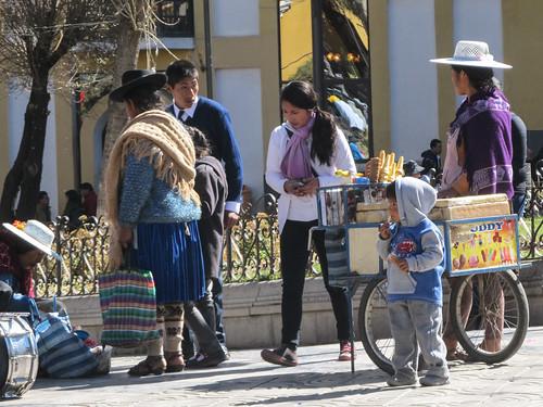 Potosi: les vendeuses de glaces