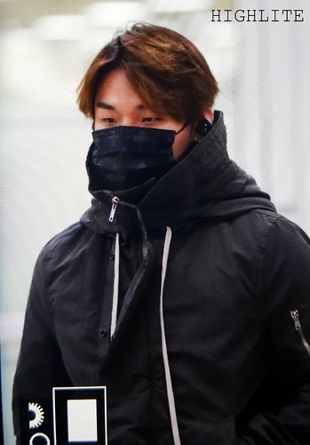 BIGBANG (wout Seungri) arrival Seoul Gimpo from Beijing 2016-01-02 (7)