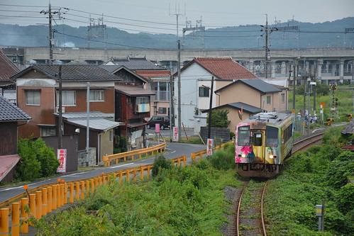 厚狭付近を走る美祢線列車
