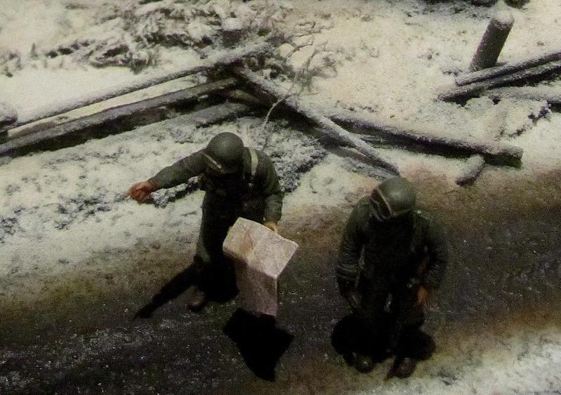 Soldados con mapa