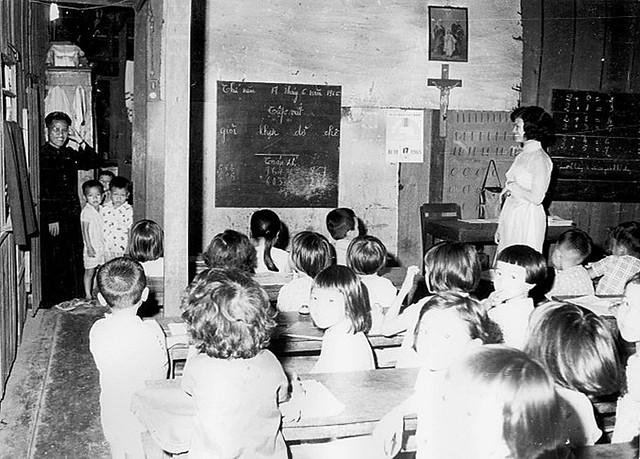 SAIGON 1965 - Trường Tiểu Học SAO MAI