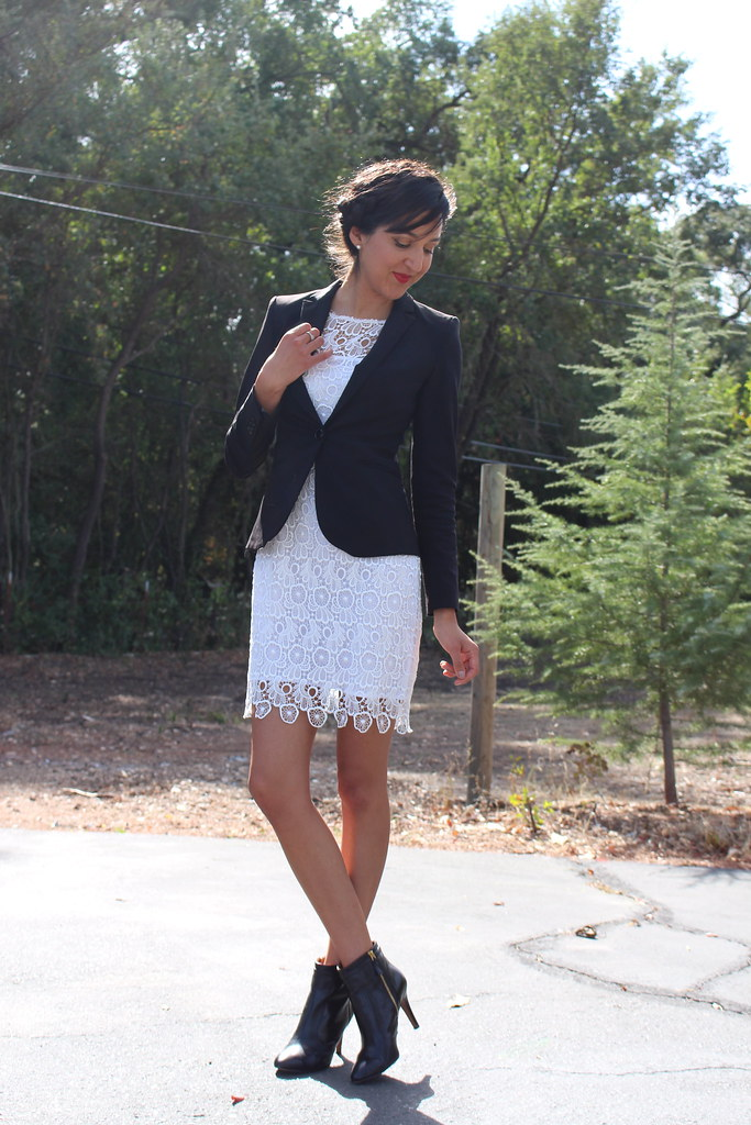 Eyelet (Wear to Work) 5