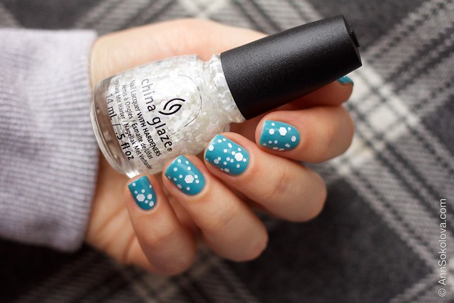 08 OPI   Can't Find My Czechbook + China Glaze   Chillin' With My Snow Mies