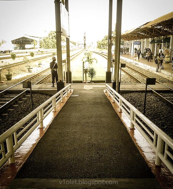 Cirebon Stasiun6-091921rw