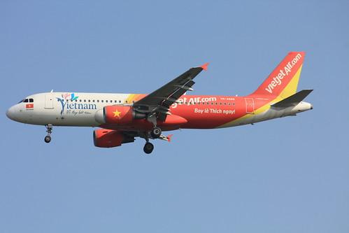 A320-200  VN-A699