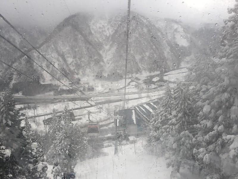 Gala Yuzawa Ski 21