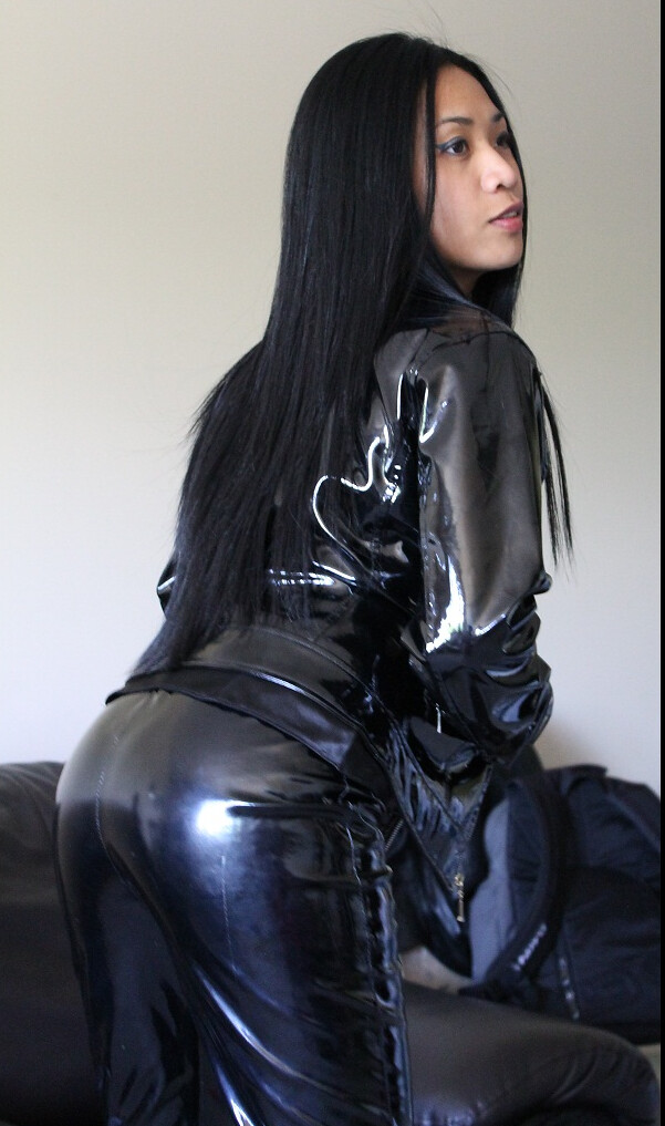 Asian Girls In Leather