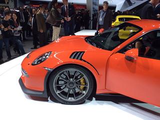 Porsche-911-GT3RS-01