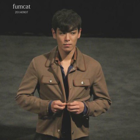 TOP-HQs-StageGreeting-Day2-20140907(11)