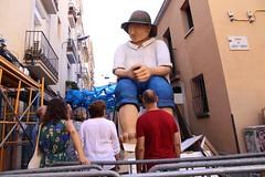dg., 14/08/2016 - 17:03 - Ada Colau visita els carrers guarnits i assisteix al pregó de la Festa Major de Gràcia