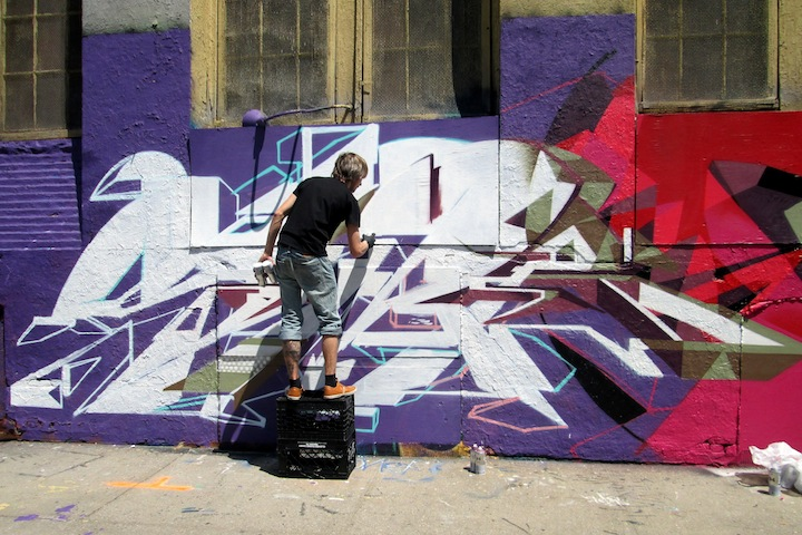 Semor-graffiti-action-at-5Pointz-LIC-NYC