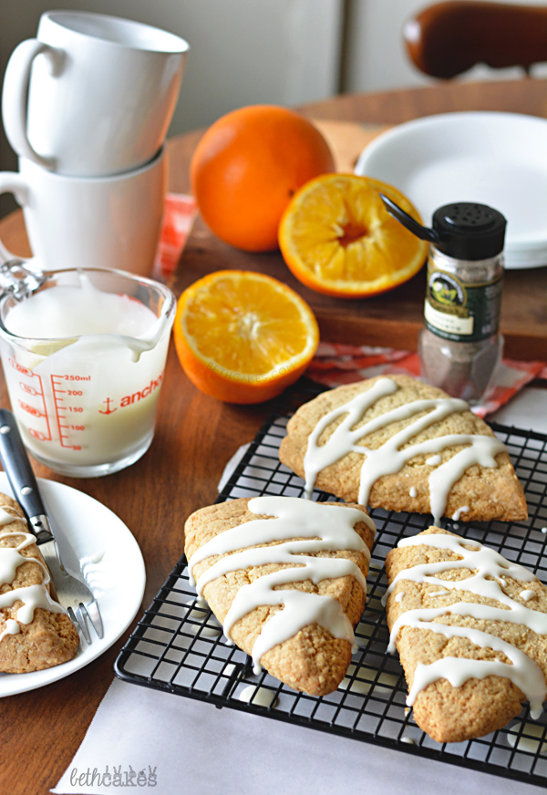 Cardamom Orange Scones, prefect for brunching! bethcakes.com