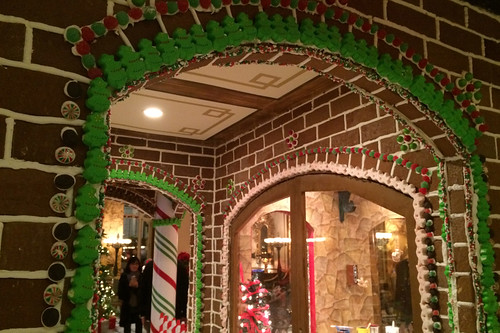Christmas in the City - Fairmont Gingerbread house details