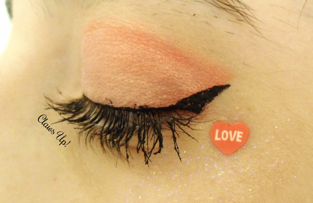Valentine's day pink and red glitter gradient makeup