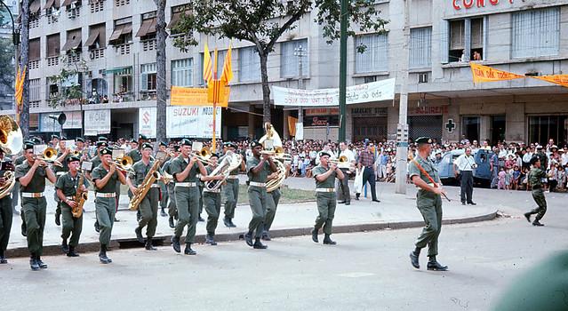 SAIGON October 1966 - Photo by Jim Burns