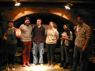 Poetry Slam Bingo Siegerinnenfoto - textstrom Poetry Slam Wien
