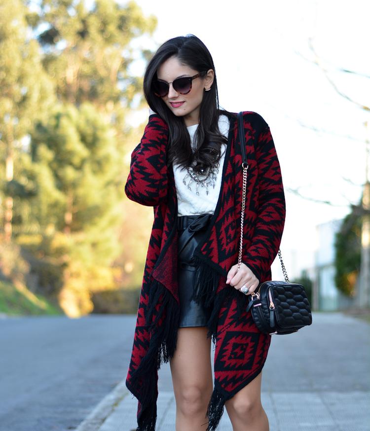 poncho_zara_pullandbear_boots_ootd_outfit_06