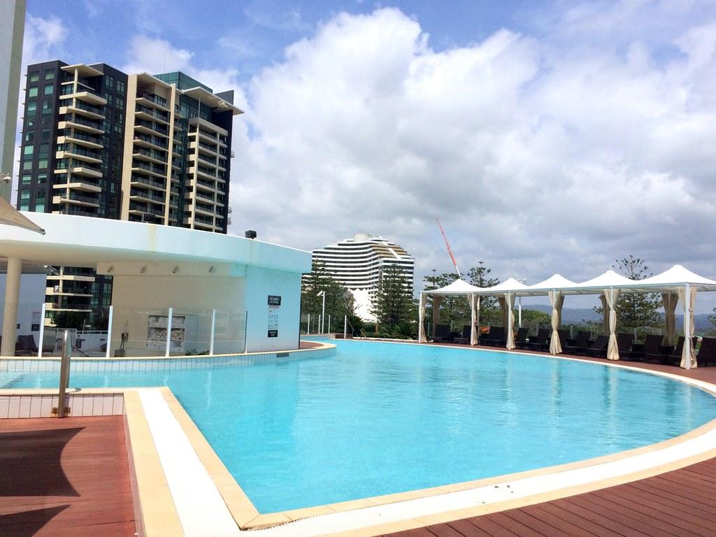 pool - sofitel gold coast-002