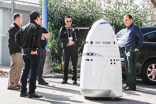 k5-robot-with-dalek-plunger-640x426