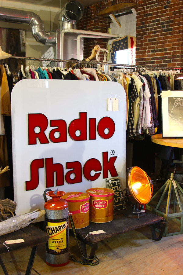 vintage radio shack sign