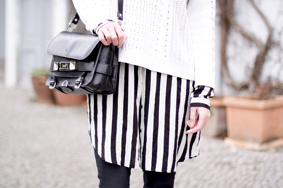 bun stripes black white outfit sacha schuhe boots proenza schouler numph minimal cute styling fashionblogger berlin hannover ricarda schernus blog cats & dogs wie hund und katze 5