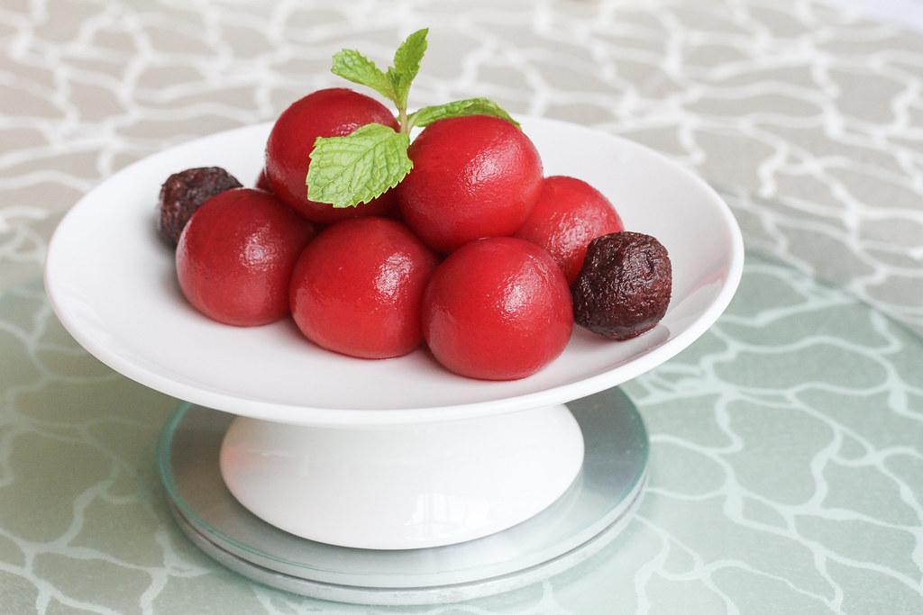 通格洛克西和北京烤鸭:玫瑰樱桃番茄