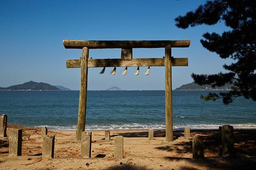 beach japan canon gate shrine 日本 神社 鳥居 kyushu 6d 九州 hakatabay 福岡県 nishiku 西区 fukuokaprefecture shimoyamato 下山門