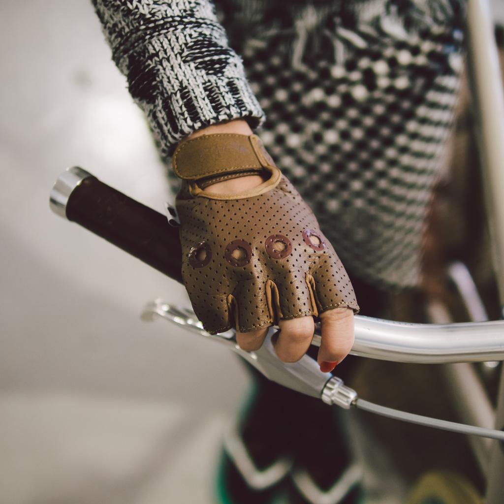 Veeka Gloves 單車皮手套 veeka gloves 單車皮手套 Veeka Gloves 單車皮手套 15979017536 c4c426f329 o