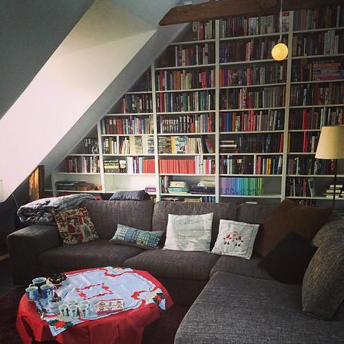 Bra med soffa som klarar många gäster