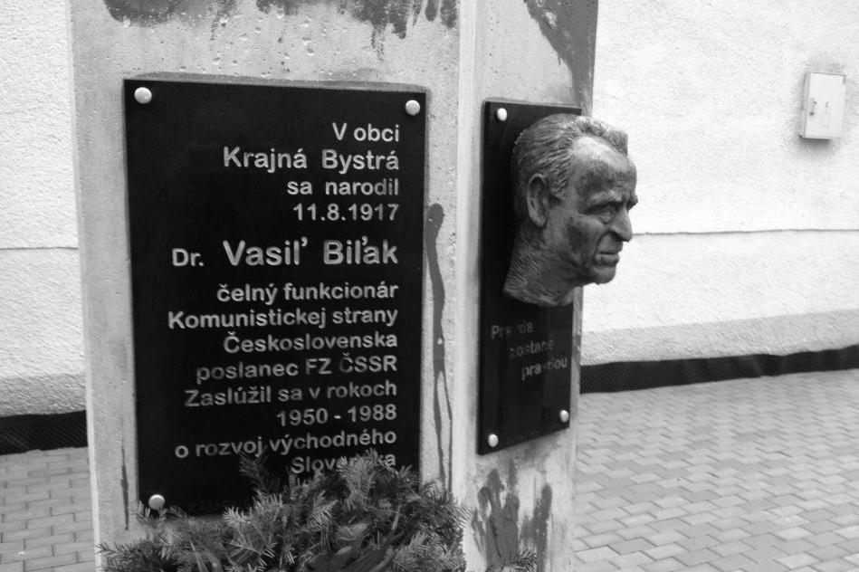 150302_Vasil_Bilak_memorial_Tom_BW_6x9