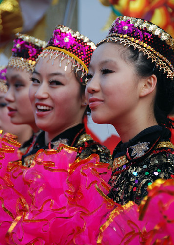 Vancouver's Chinese New Year 2015: Dancers Posing
