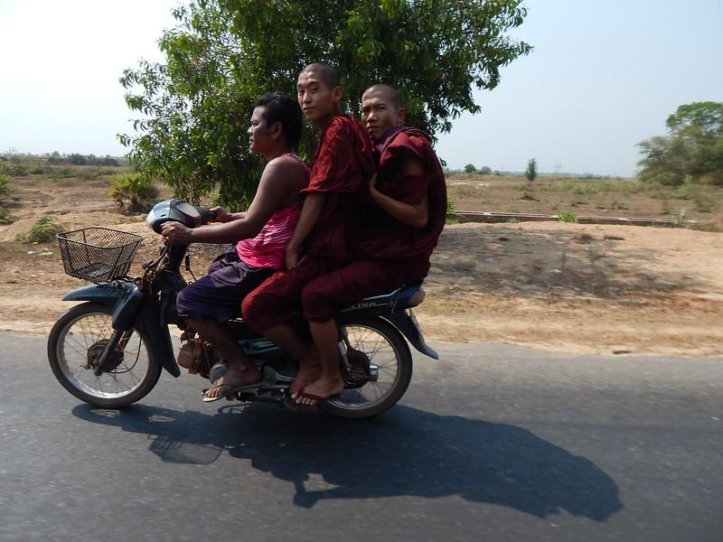 150226-0301 Myanmar (316) (2304 x 1728)