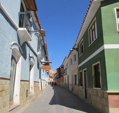 Potosi: ses maisons colorées et ses balcons de bois