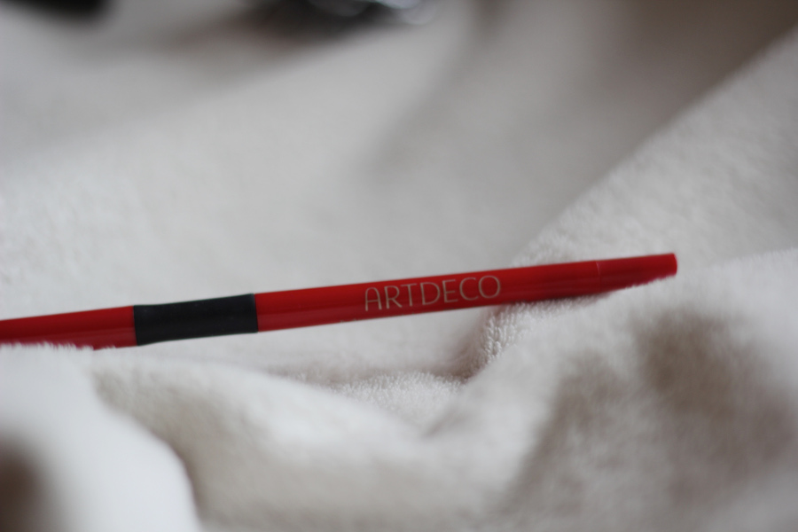 giveaway-lipliner-adeco-rot