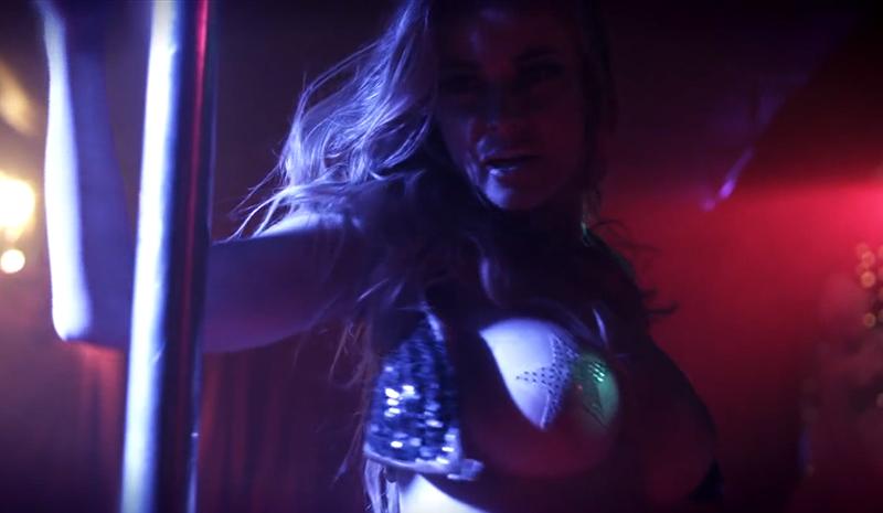 Carmen elektra strip tease
