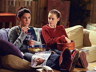 gilmoregirls_couch