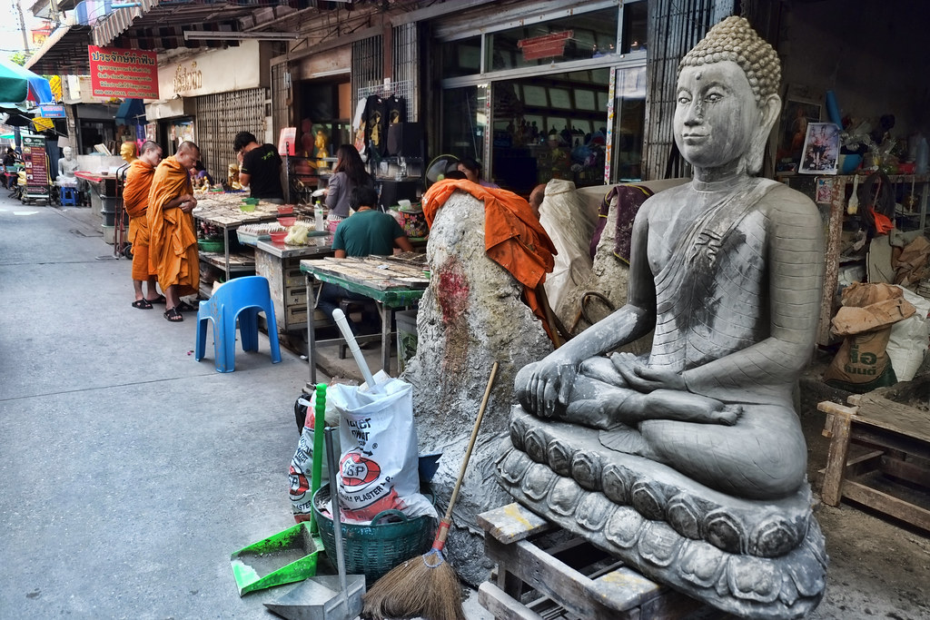 Buddha Statue Production