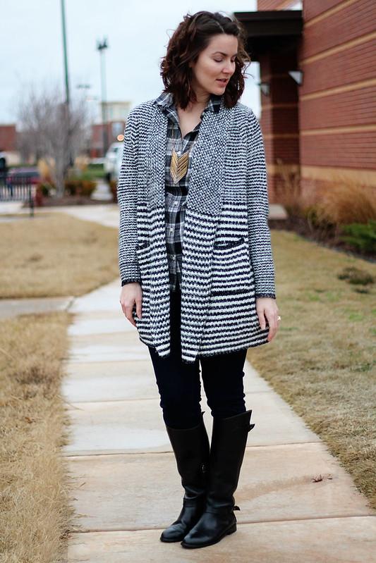 black-white-plaid-sweater-4
