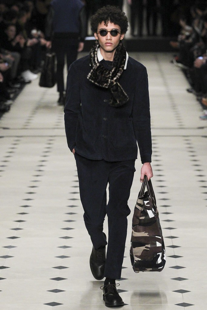FW15 London Burberry Prorsum031_Jackson Hale(VOGUE)