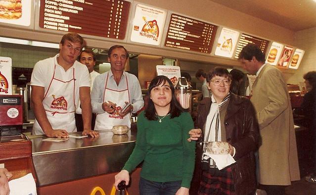 McDonalds Schwarzenbergplatz