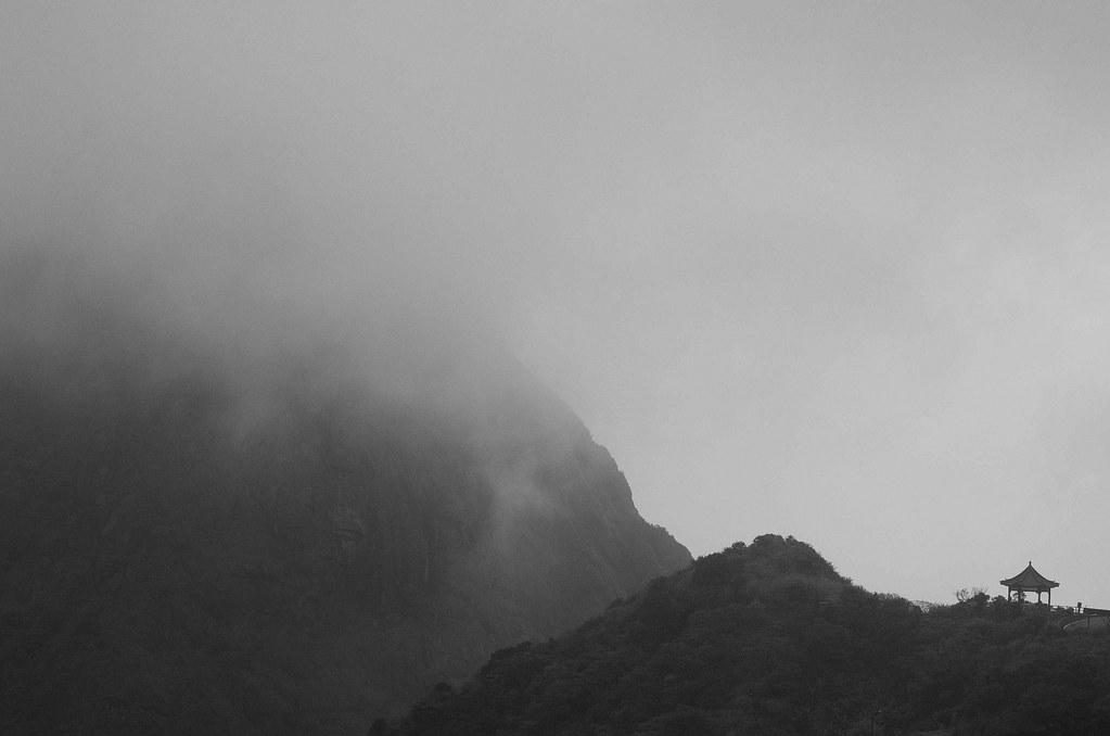灰白世界 - 金瓜石