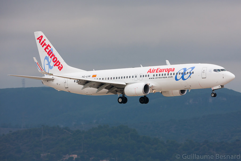 EC-LYR - B738 - Air Europa
