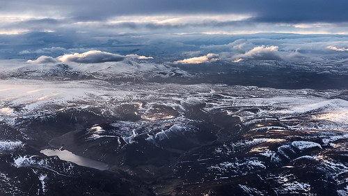 uk sunset sky snow mountains clouds plane scotland flying aberdeenshire flight hills snowcapped peaks height cairngorms lochlee d810