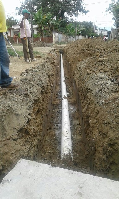 Aguas del Chuno construye redes sanitaria en calle Cotopaxi