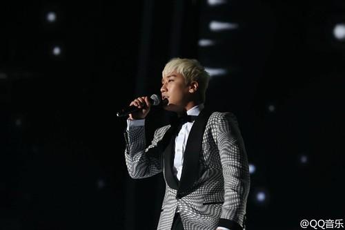 BIGBANG QQ Music Awards Shenzhen 2016-03-23 (11)
