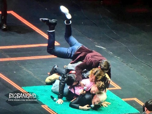 HQ BIGBANG FM Shanghai Day 2 2016-03-12 (8)