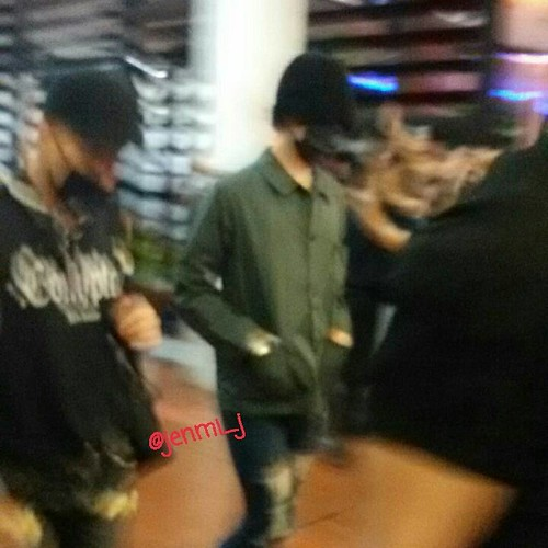 BIGBANG Arrival Jakarta from Manila 2015-08-01 (27)