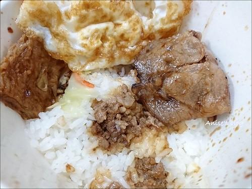 阿泉臭豆腐大腸麵線烤肉飯_013